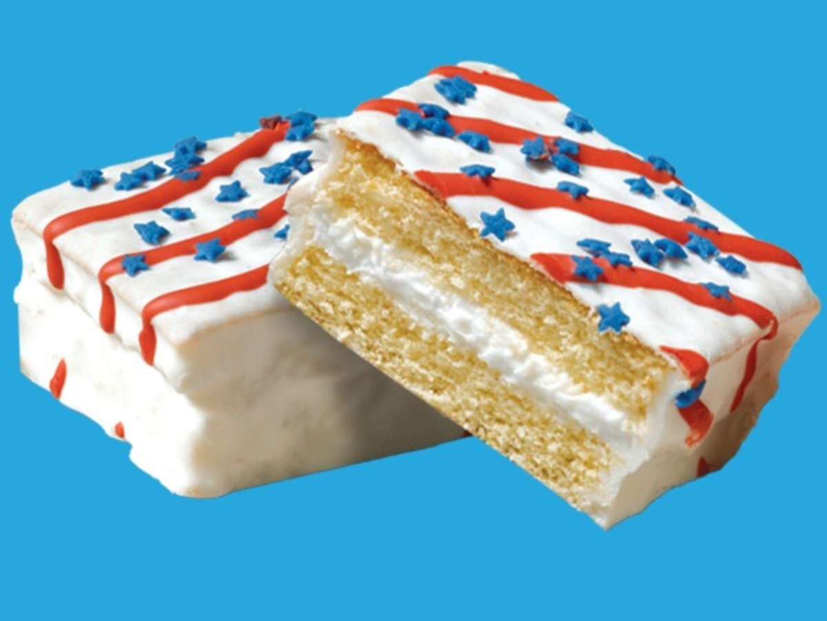 Little Debbie® Red, White & Blue Cakes - Van.