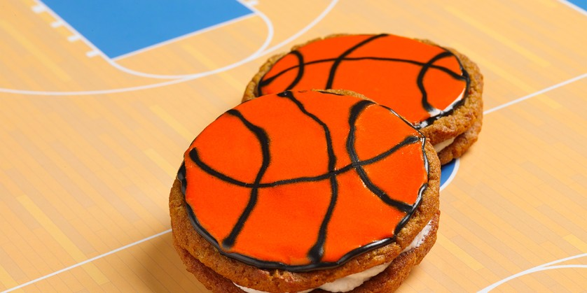 Little Debbie® Hoop-It-Up with Oatmeal Creme Pies