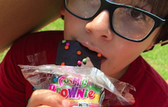 Cosmic Brownies, a solar eclipse must have!